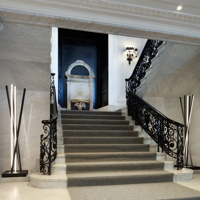 Ampeer-Grand-Stair